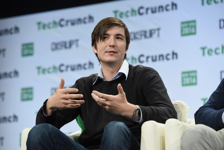 Robinhood pulls bank charter application as fintechs face hurdles to disrupting financial system