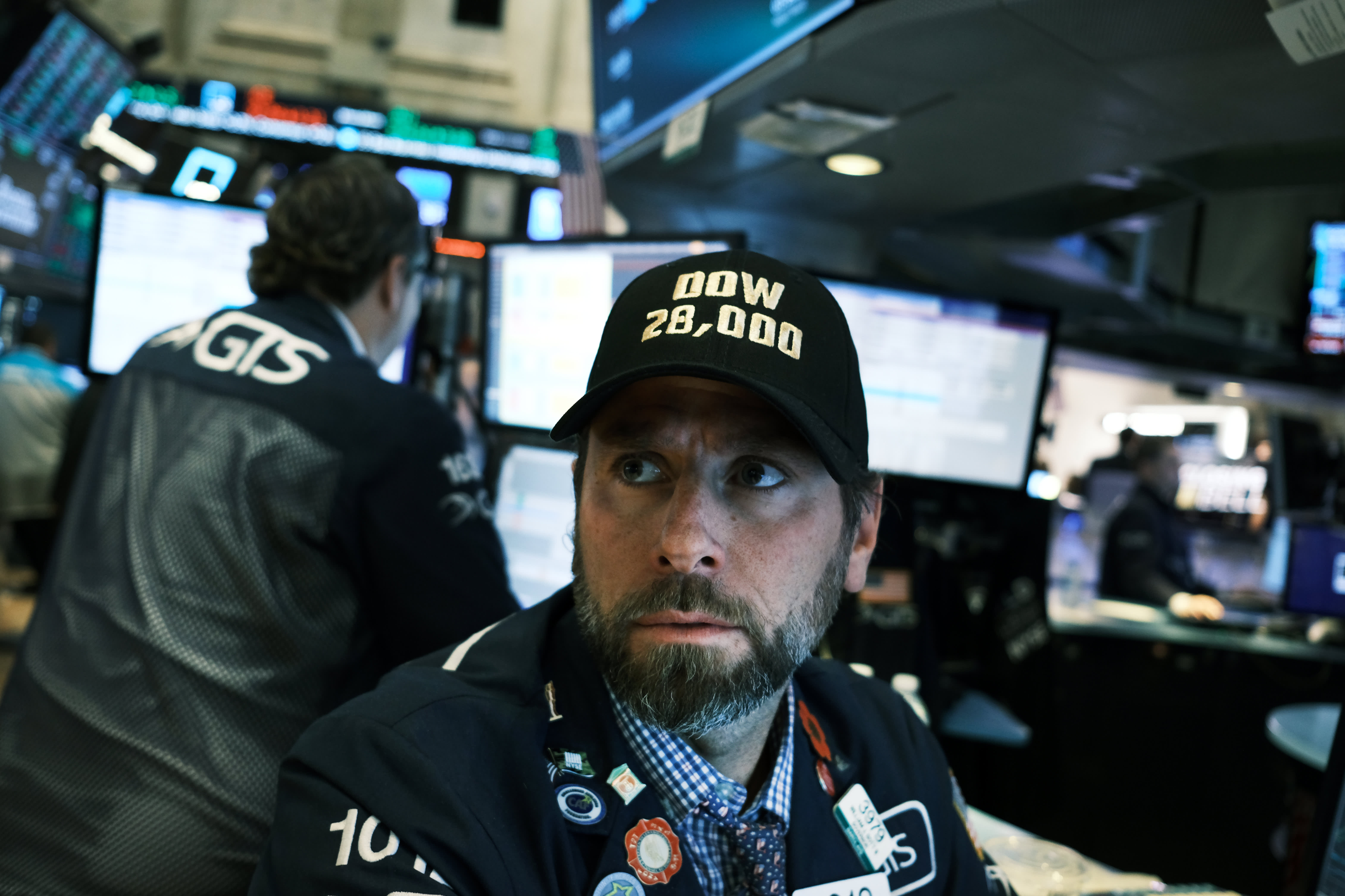 Bulletproof stock market shakes off negative trade headlines and keeps marching to records