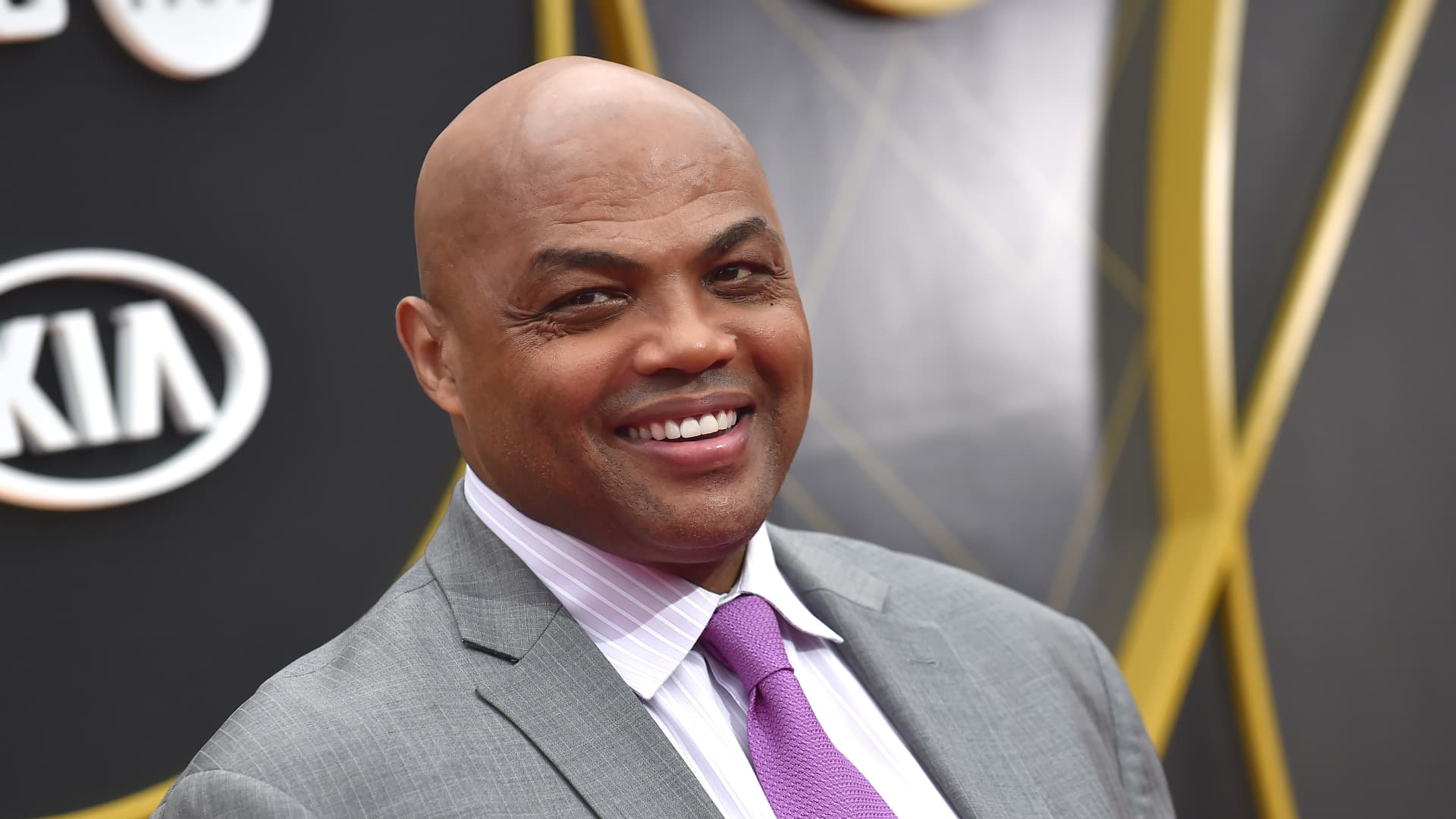 US basketball player Charles Barkley arrives for the 2019 NBA Awards at Barker Hangar on June 24, 2019 in Santa Monica, California.