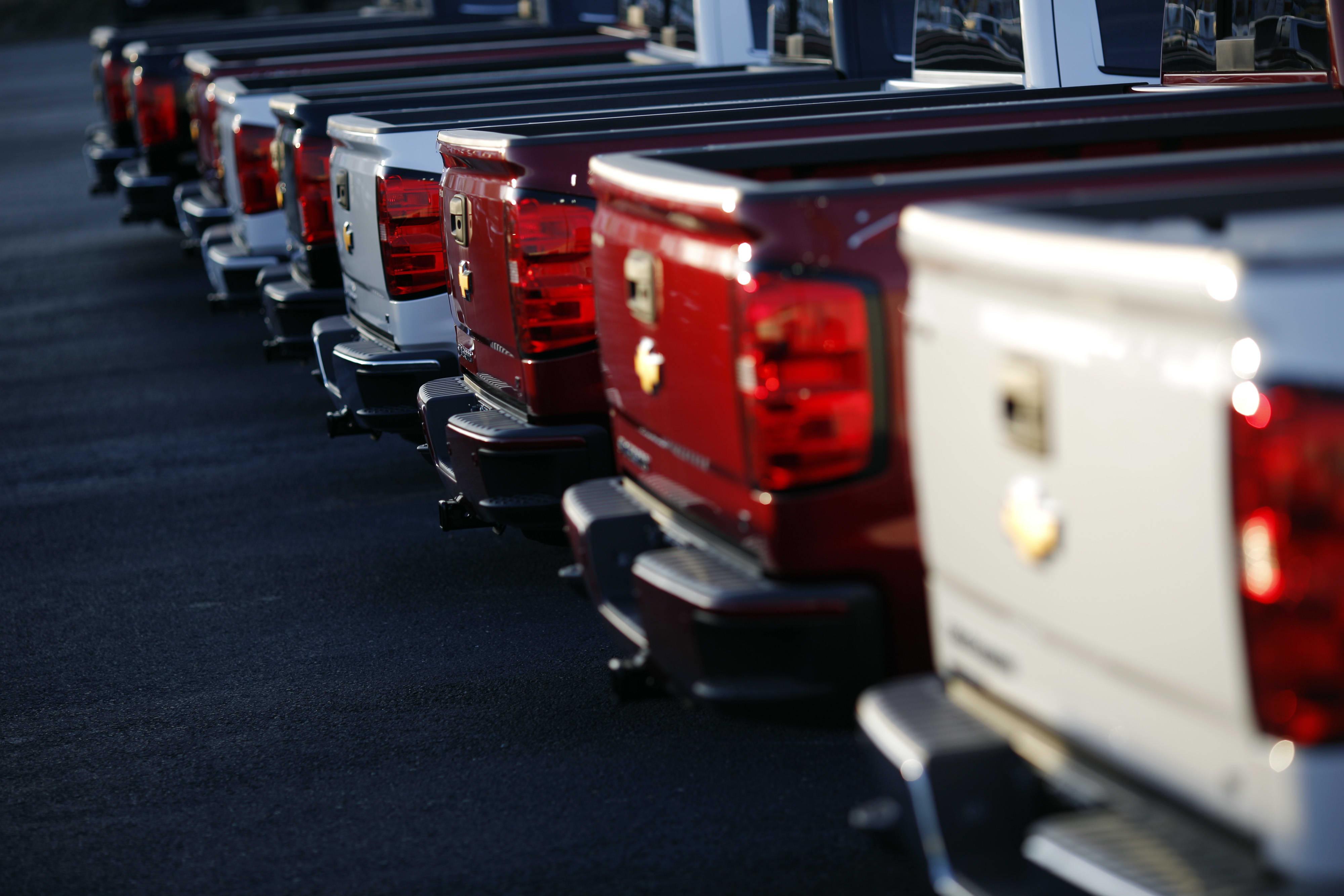 Coronavirus pushes auto dealers to embrace online sales like Tesla