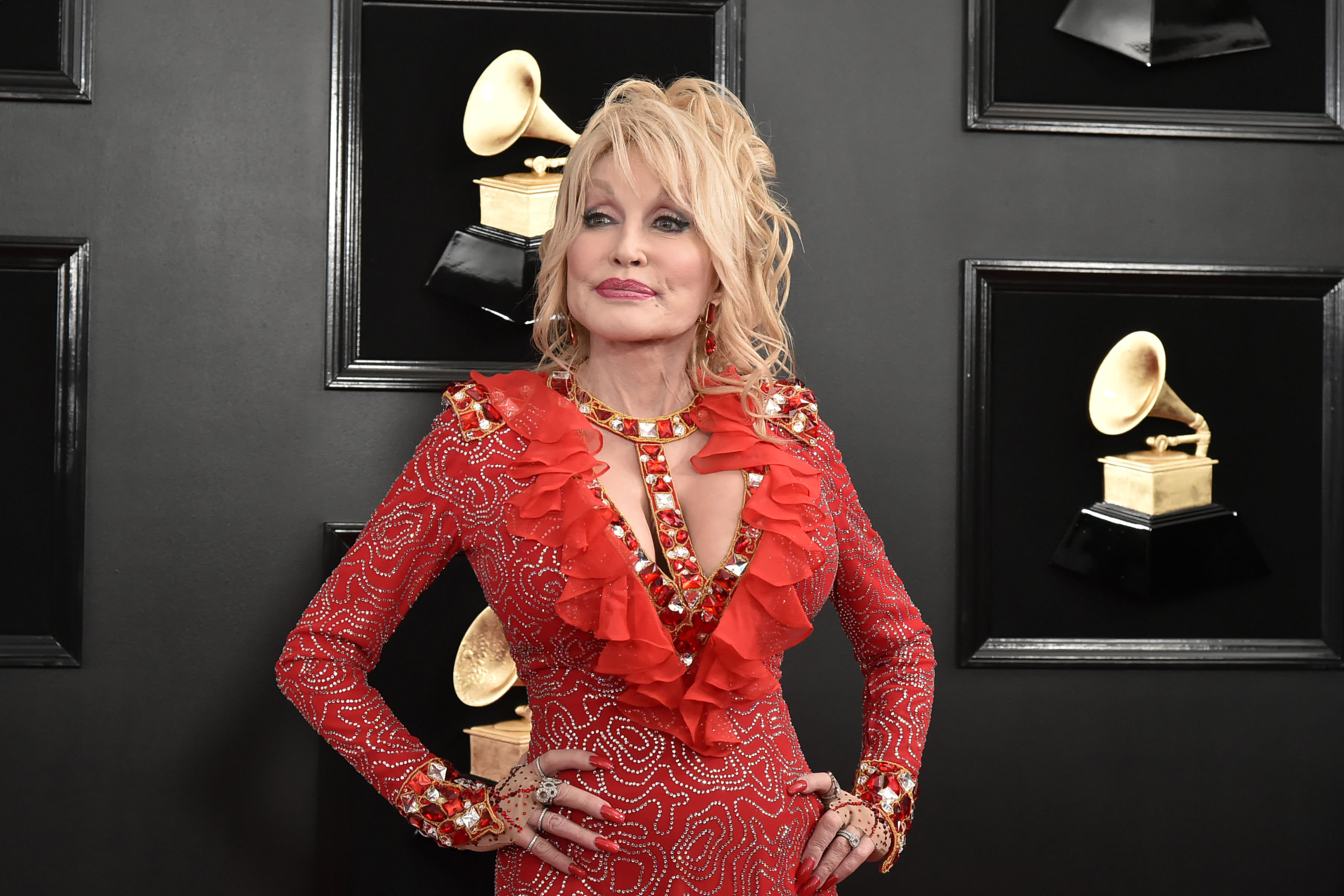 Dolly Parton's advice to young people: 'You've got your own journey'