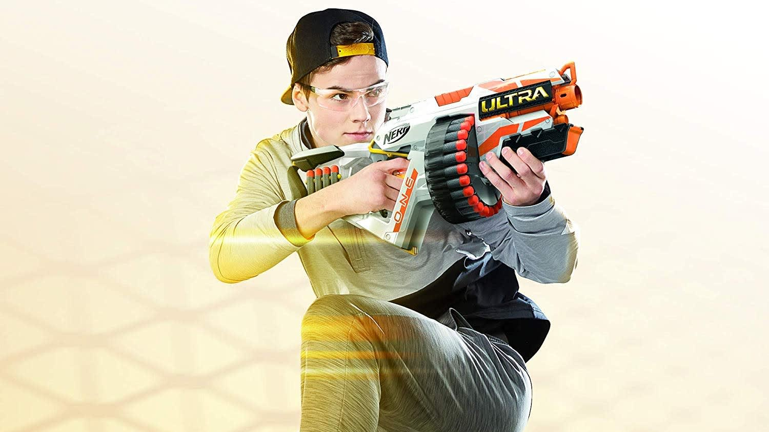 Nerf Ultra darts are the farthest flying Nerf darts ever: blast into the game-changing superiority with Nerf Ultra darts.