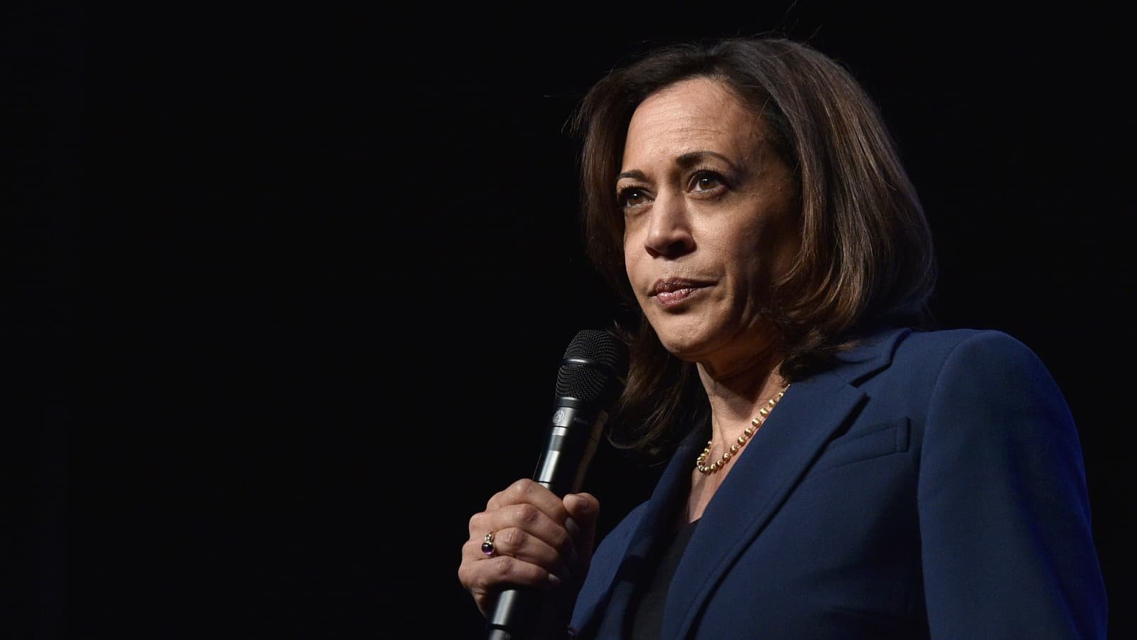 Kamala Harris Suspends Campaign Over Finances I M Not A Billionaire