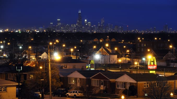 GP: Chicago skyline and houses
