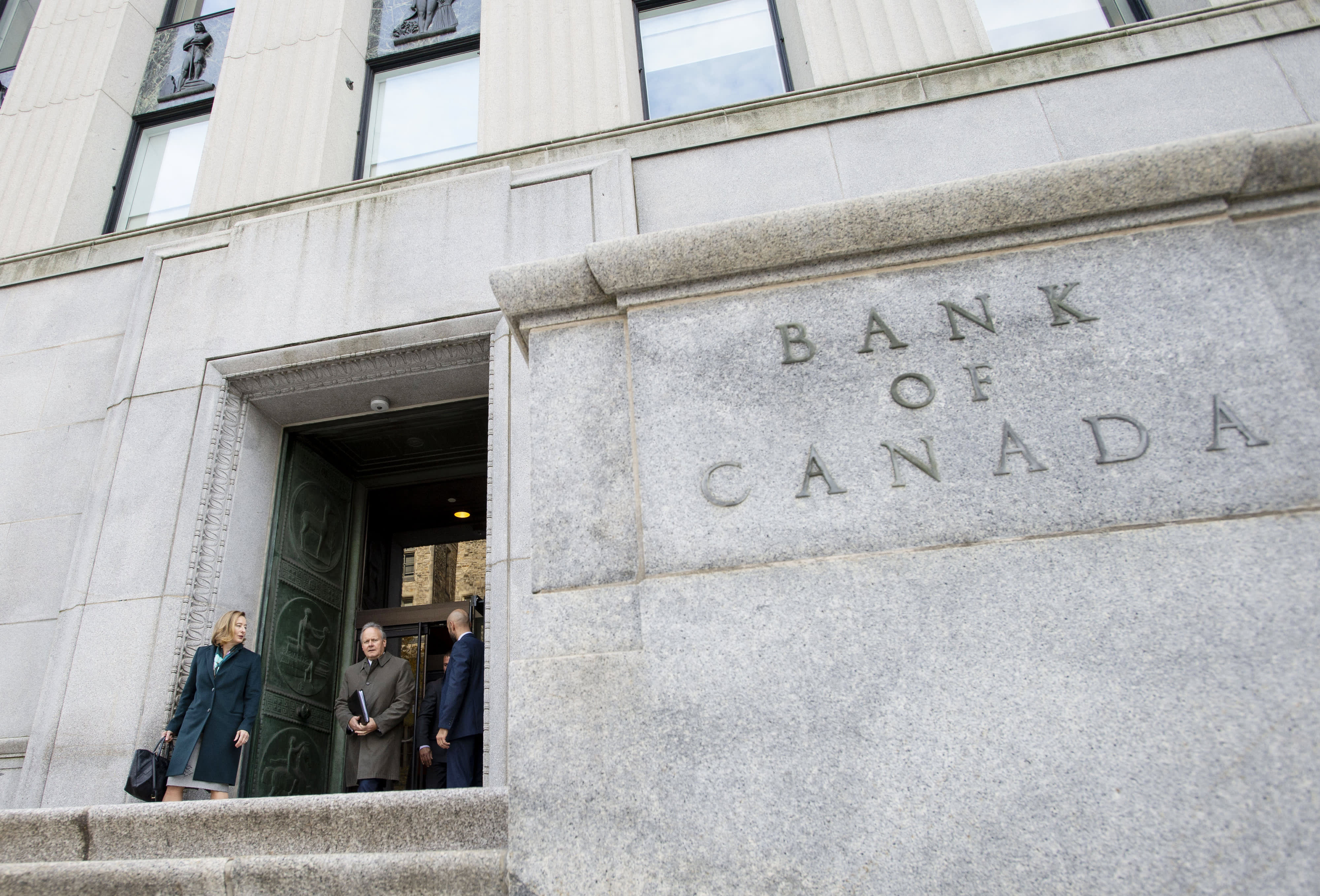 Bank of Canada Governor Stephen Poloz to step down when term ends next year