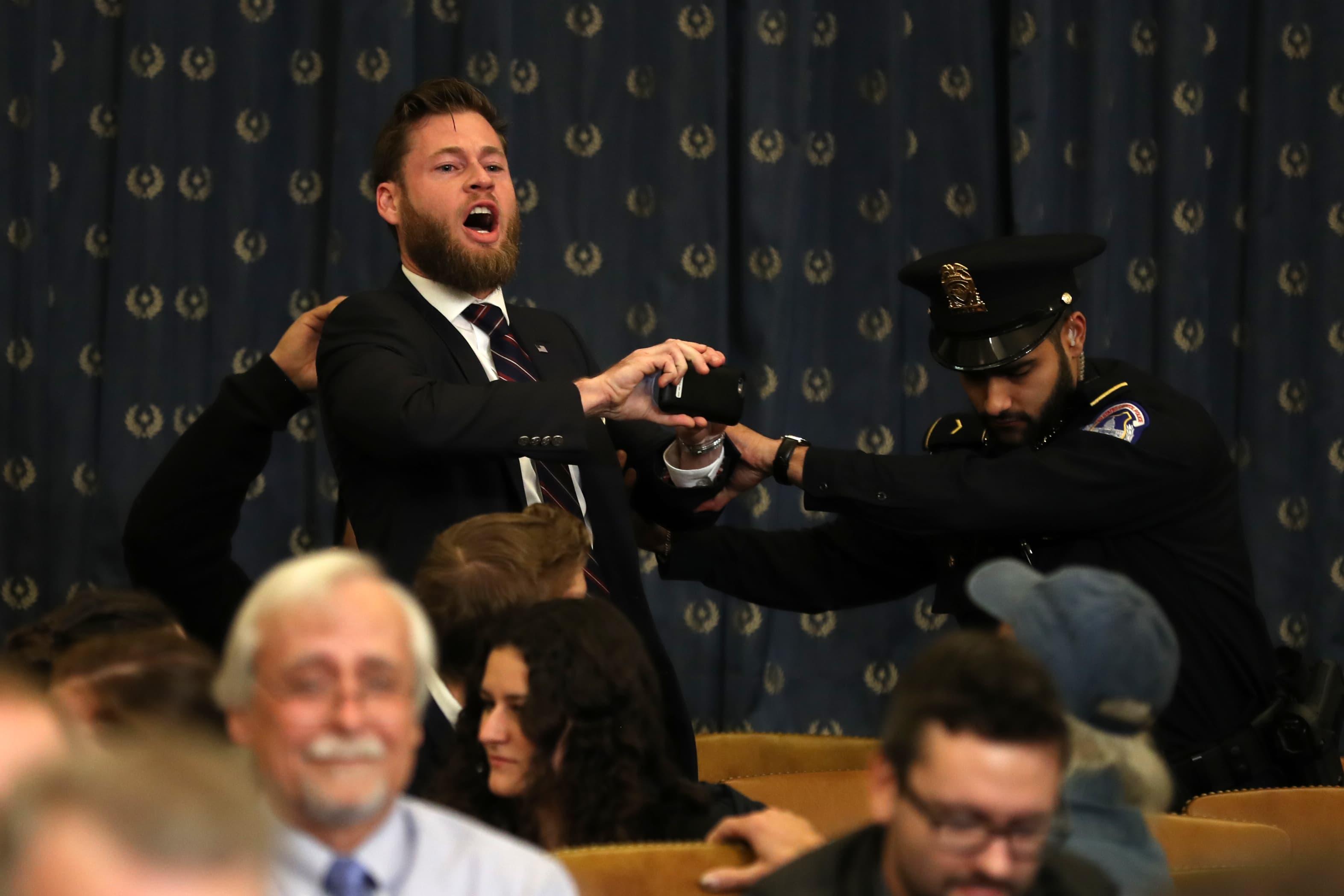 Infowars heckler accuses Nadler of treason during Trump impeachment hearing