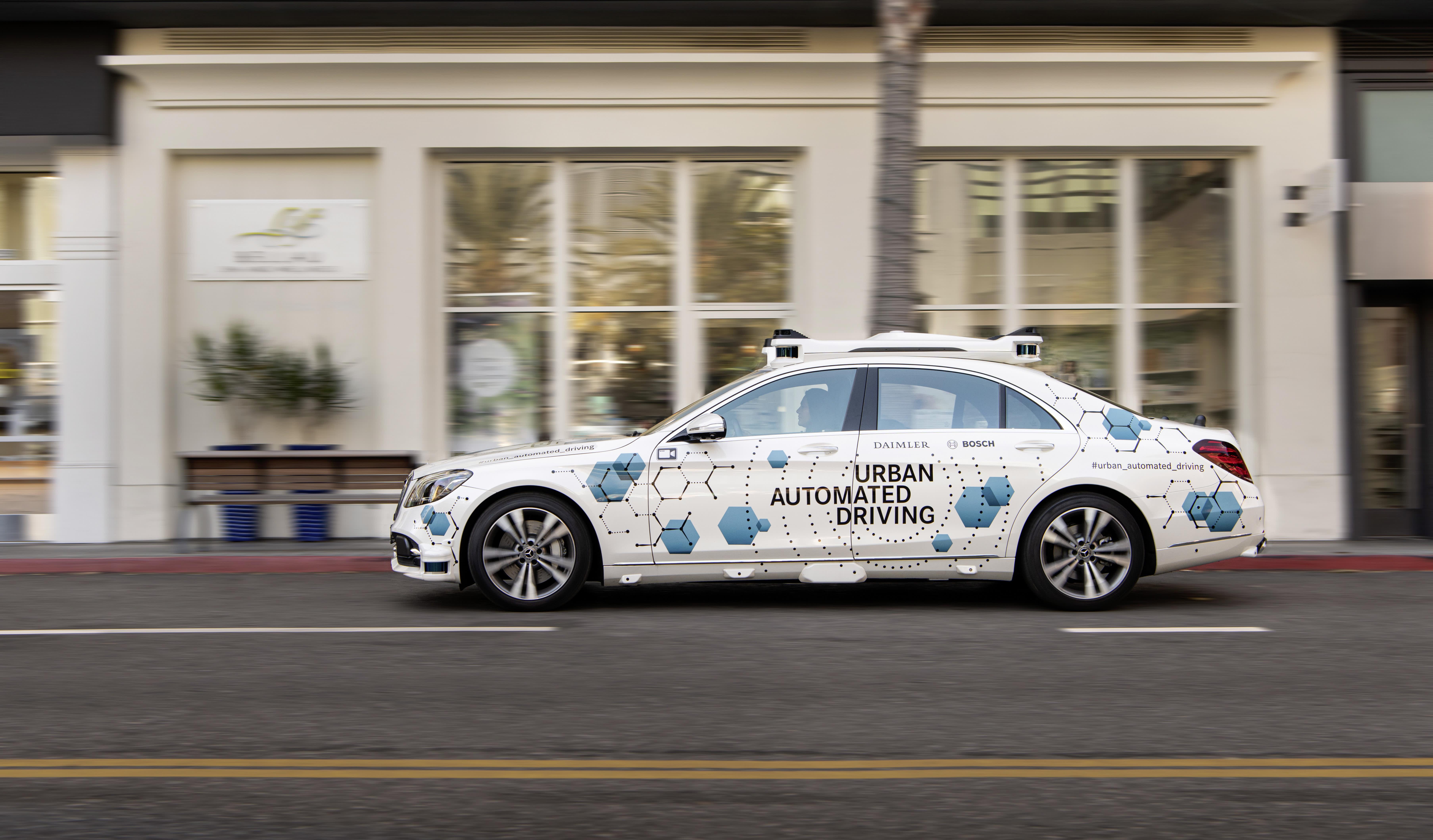 Mercedes robo-taxi service gets underway in California