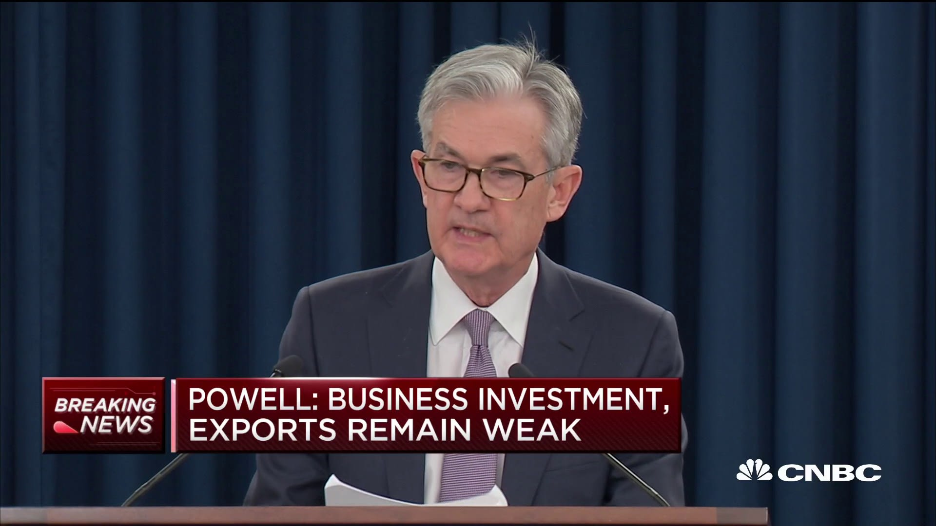 Powell: Economic outlook remains 'favorable' despite risks