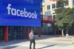 Facebook requiring U.S. employees to be vaccinated to return to work