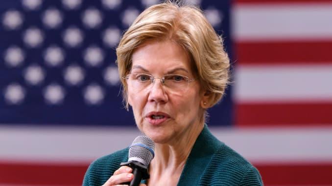 GP: Presidential candidate Elizabeth Warren addresses her...