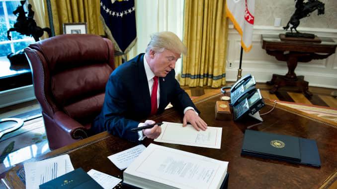 GP: US-POLITICS-TRUMP-TAX bill signing 171222