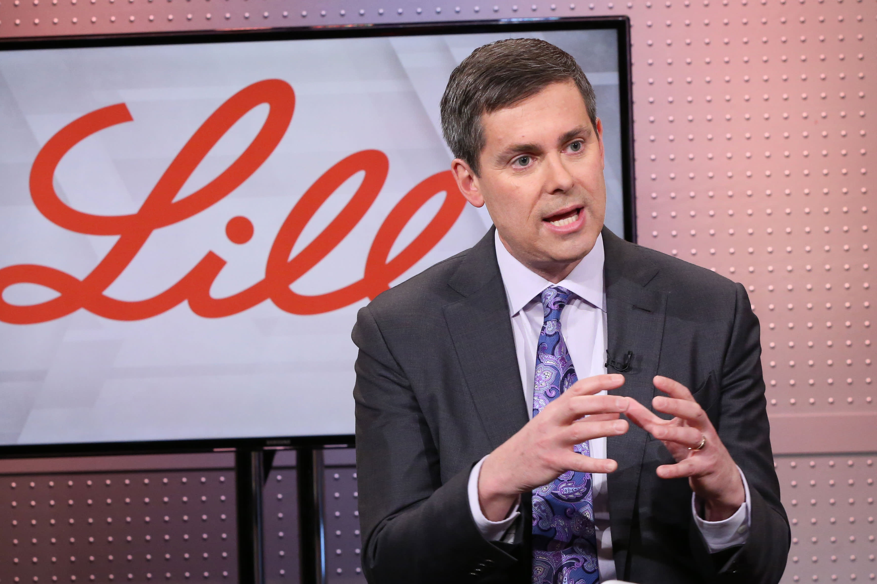 Eli Lilly CEO: Speed and industry cooperation are aiding coronavirus treatment development
