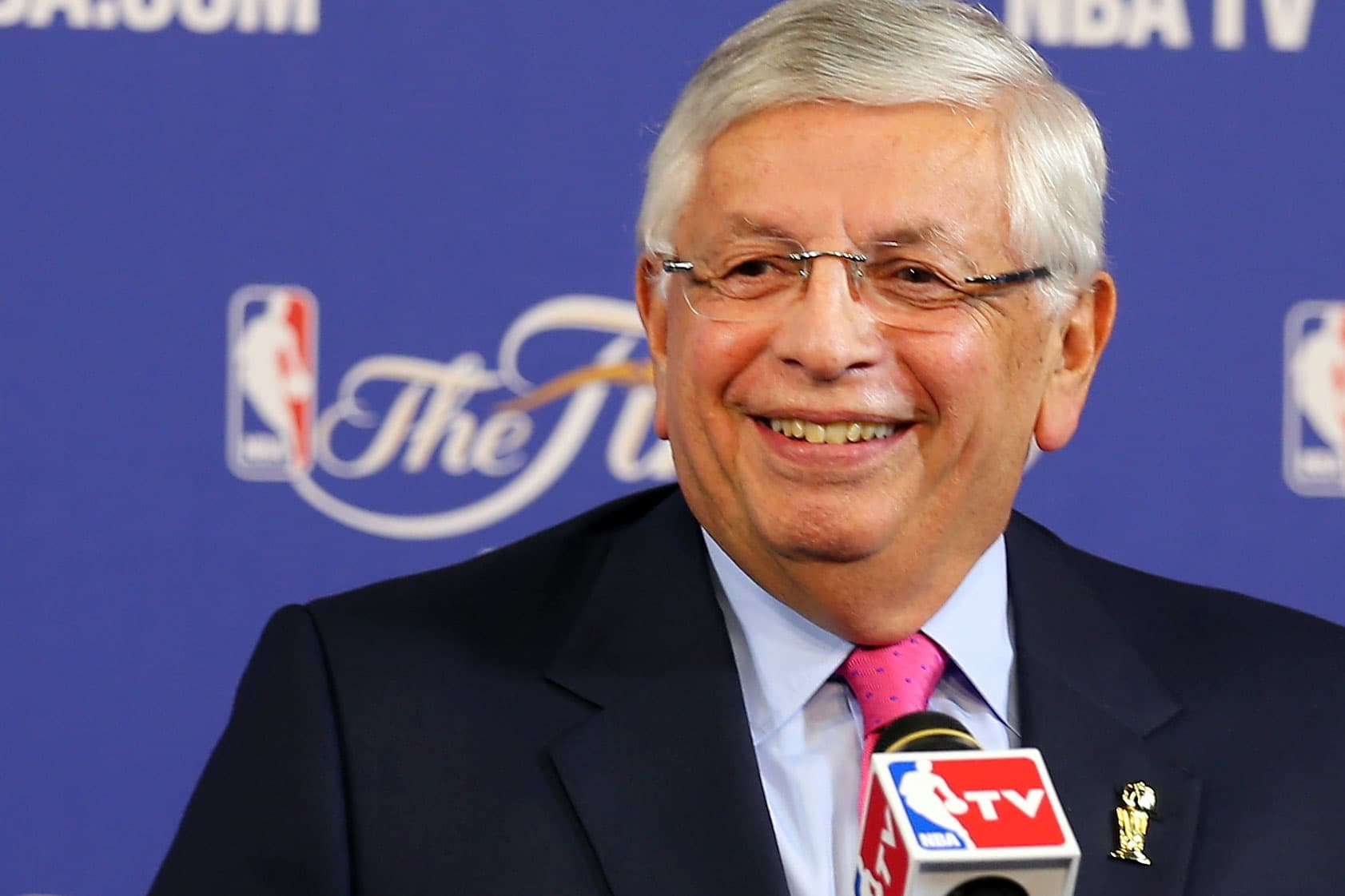 David Stern, former commissioner who drove the NBA's global expansion, dies at 77