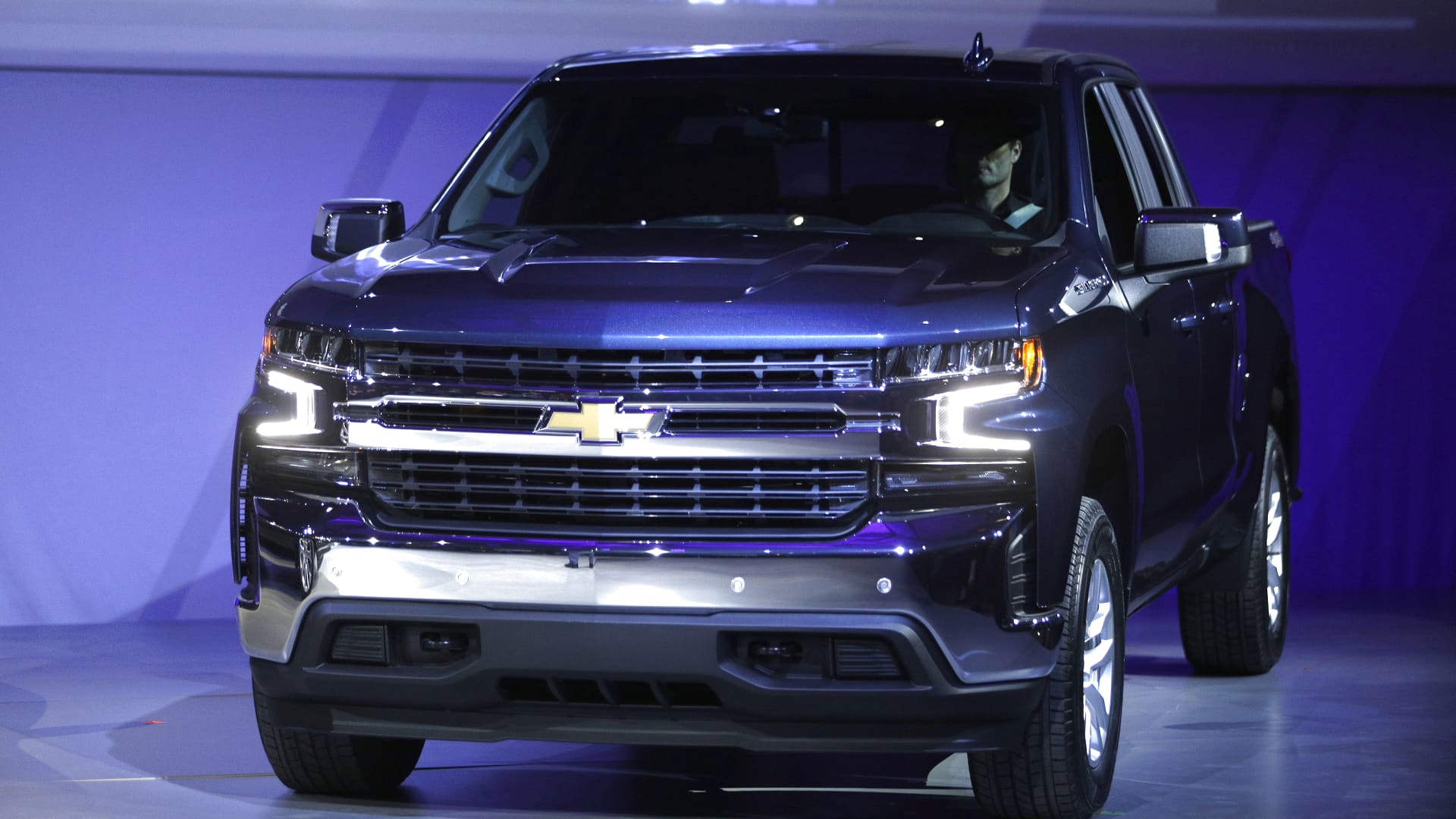 The new 2019 Chevrolet Silverado 1500 makes its official debut at the 2018 North American International Auto Show January 13, 2018 in Detroit, Michigan.
