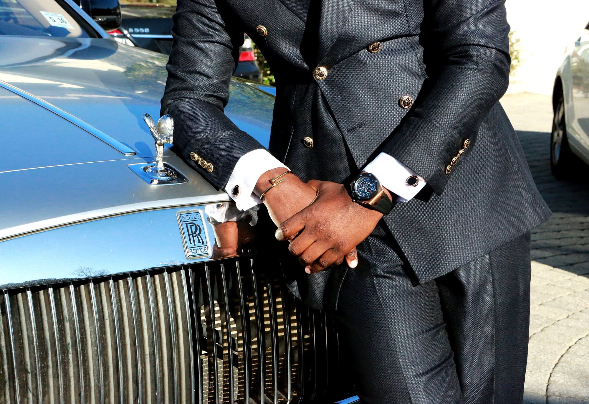 Study: Buying luxury items makes you feel less confident and authentic