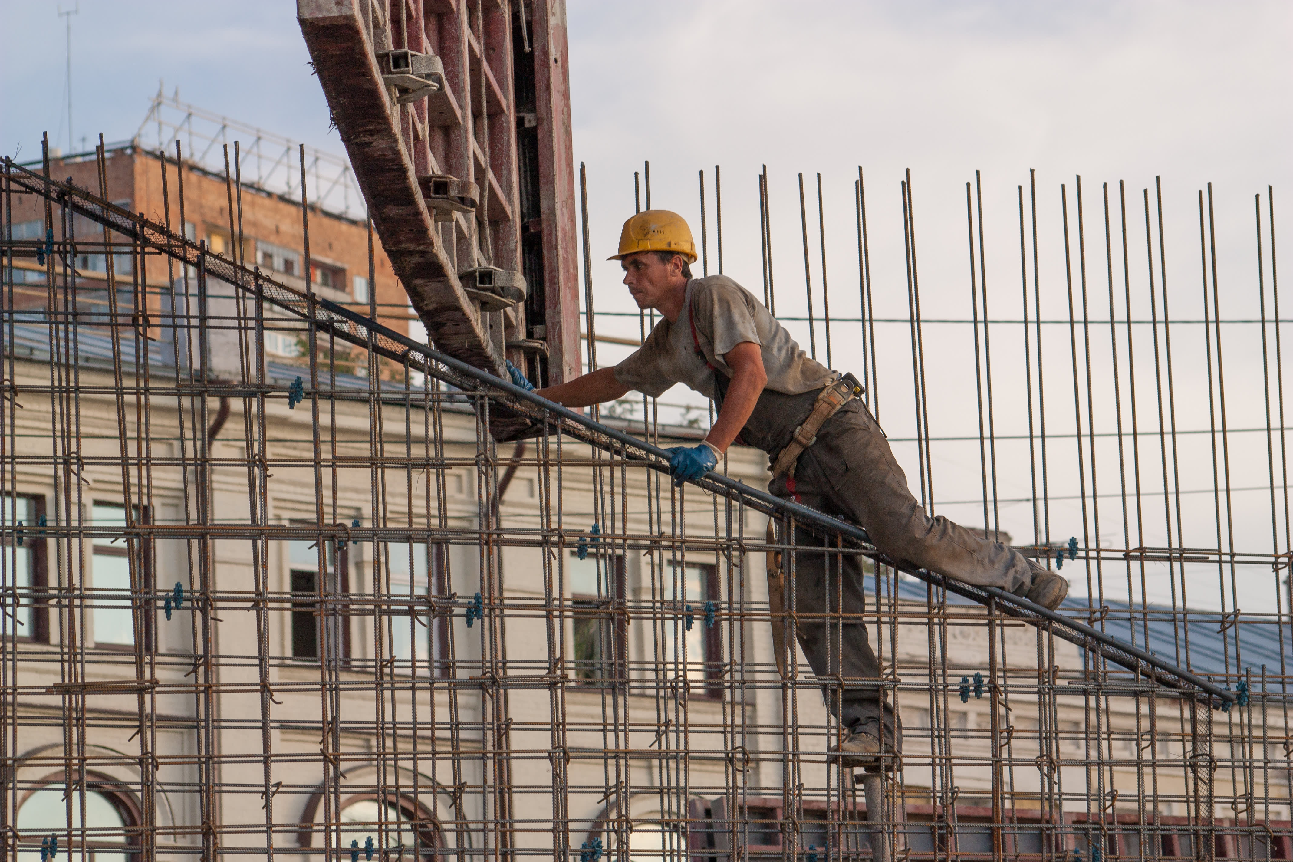 US suicide rates rise 40% over 17 years with blue collar workers at highest risk, CDC finds