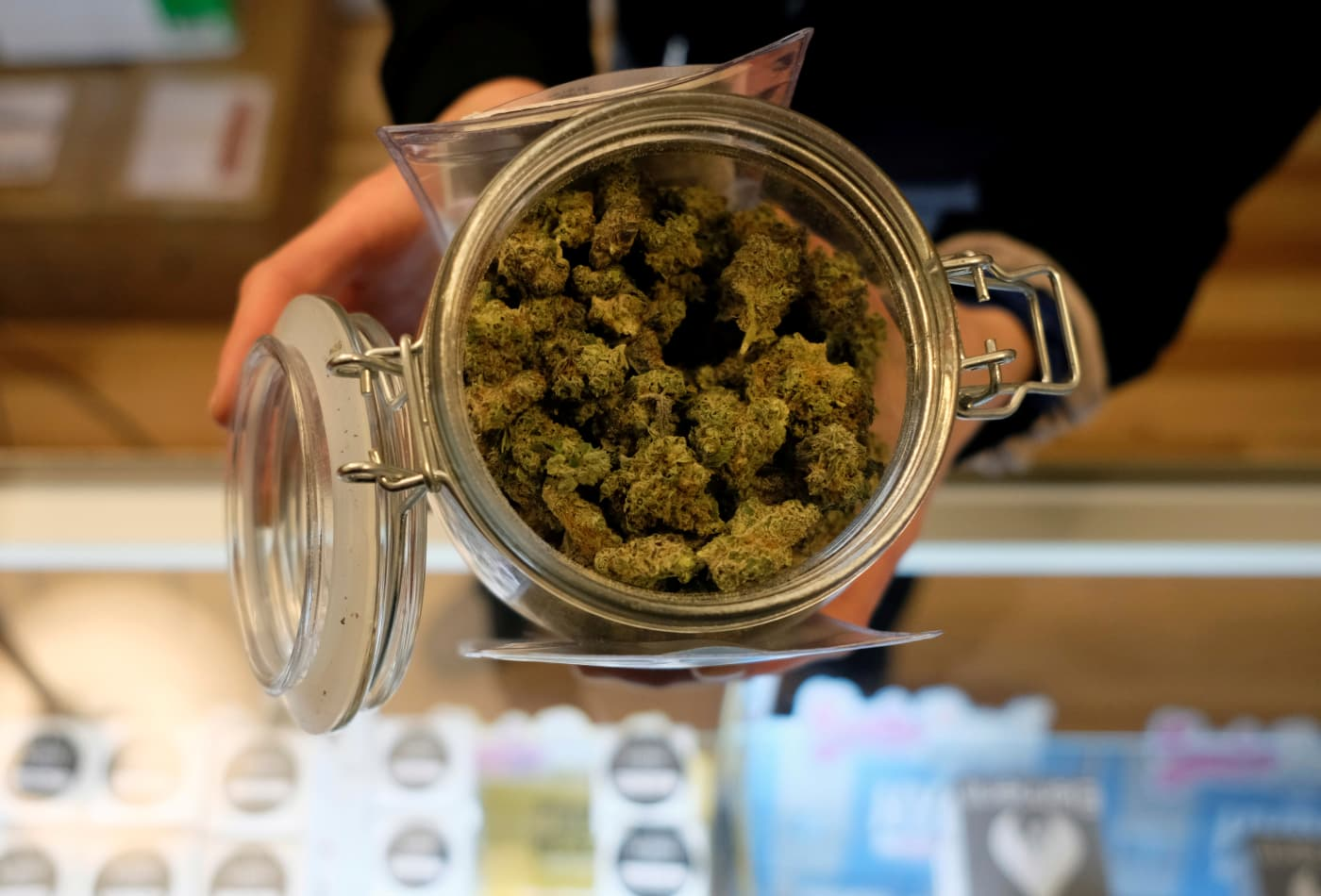 Legal cannabis industry sees record sales as customers facing coronavirus crisis stock up