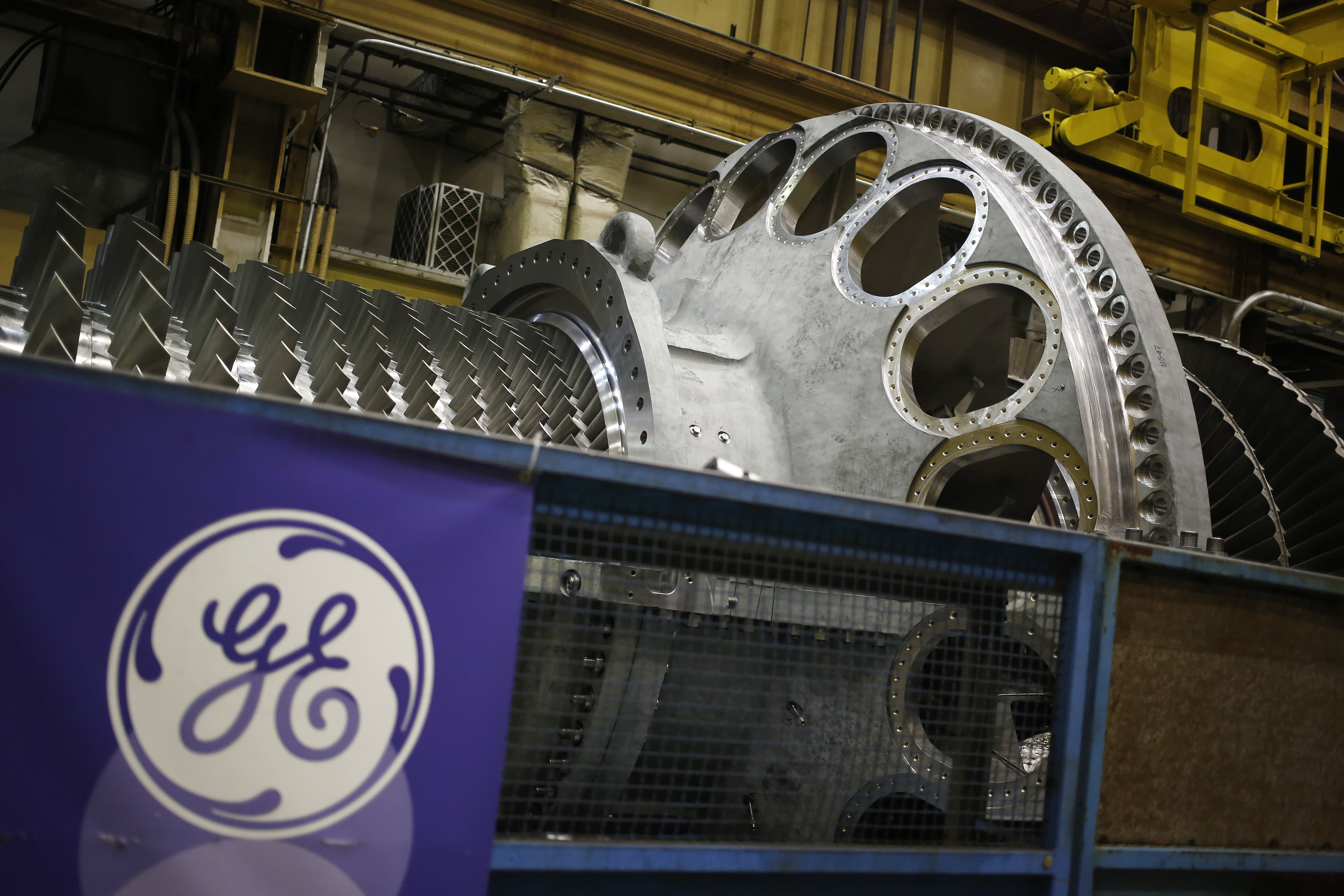 GE shares jump after company posts amaze adjusted third-quarter revenue, income tops expectations thumbnail