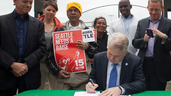 GP: Seattle Mayor Signs Bill Raising City's Minimum Wage To 15 Dollars An Hour