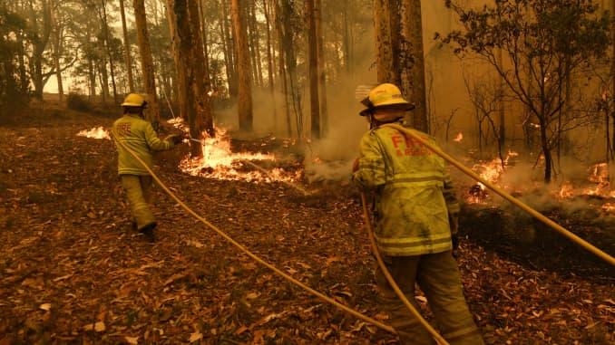 GP: Incendios forestales australianos: trabajo de rescate y bomberos del Territorio del Norte en las franjas orientales 200104