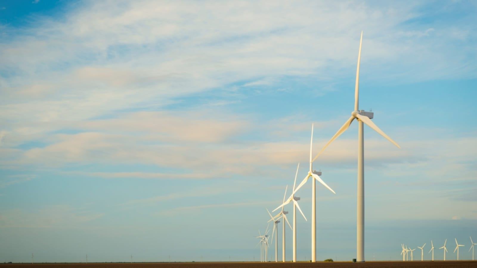 Texan Wind Power Grows Again As Huge Turbines Start Spinning