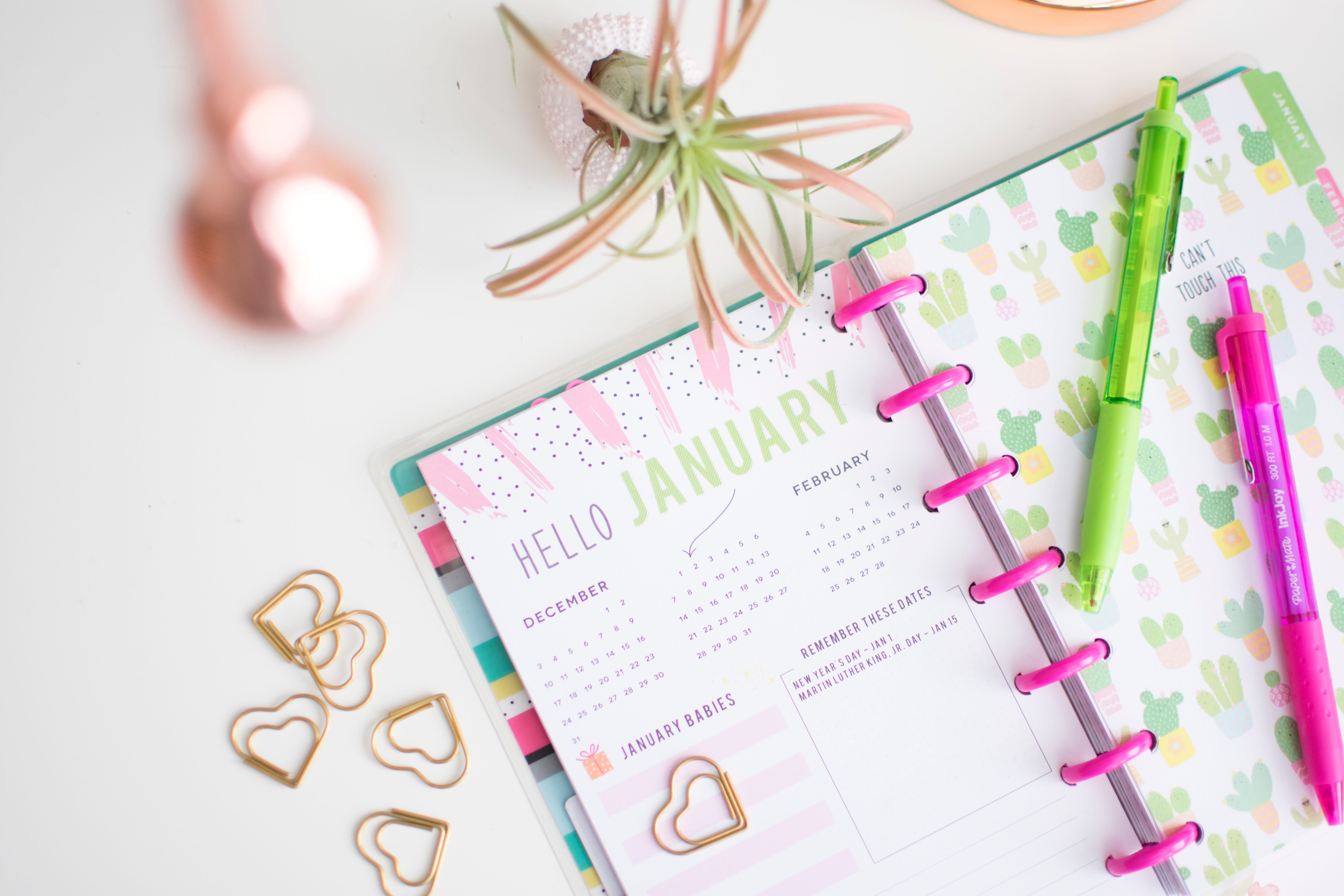 How to best use a paper day planner to help you meet your money goals, according to experts