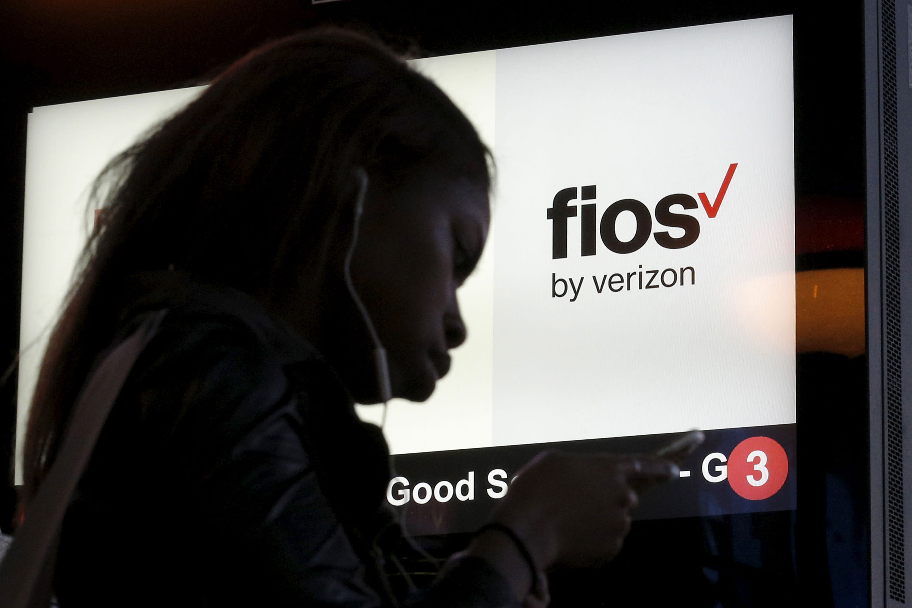 Verizon gets rid of contracts for internet and TV