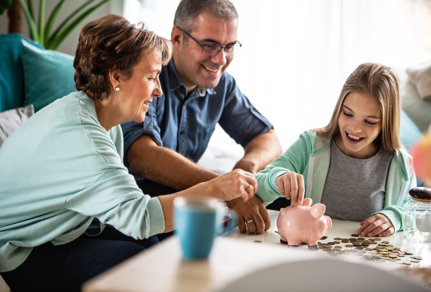 Do your teens understand money? Here are 10 tips to start the conversation