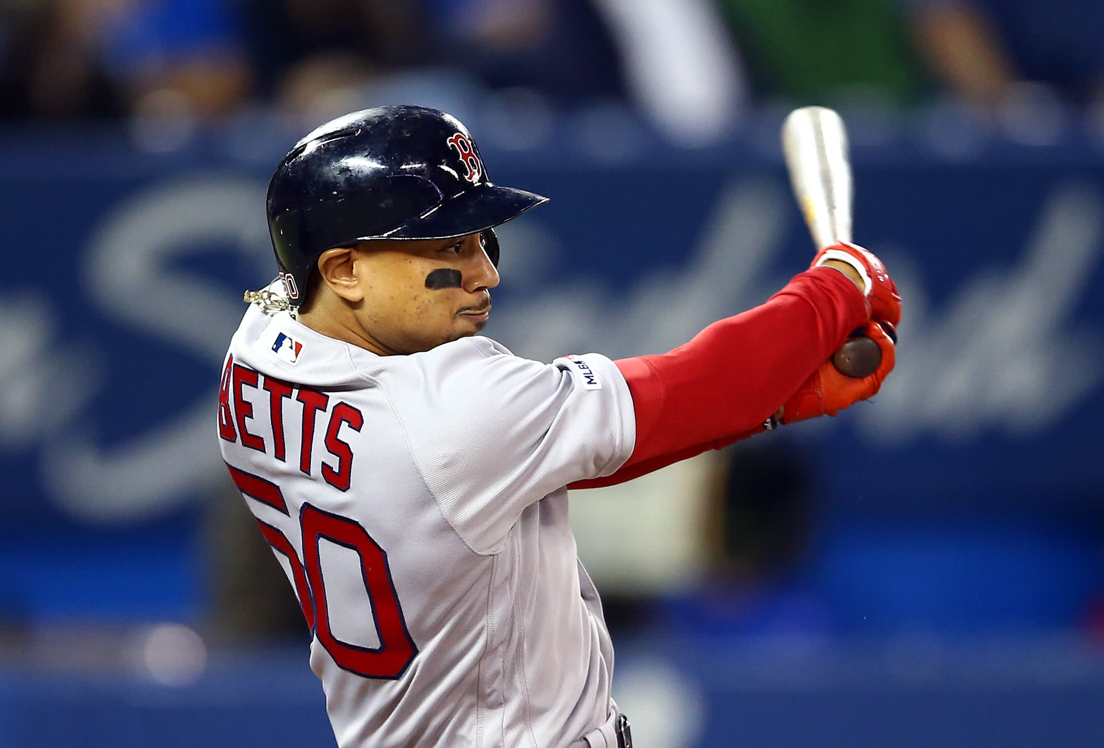 MLB arbitration deadline roundup: Betts, Bryant, Lindor and more reportedly lock in new deals