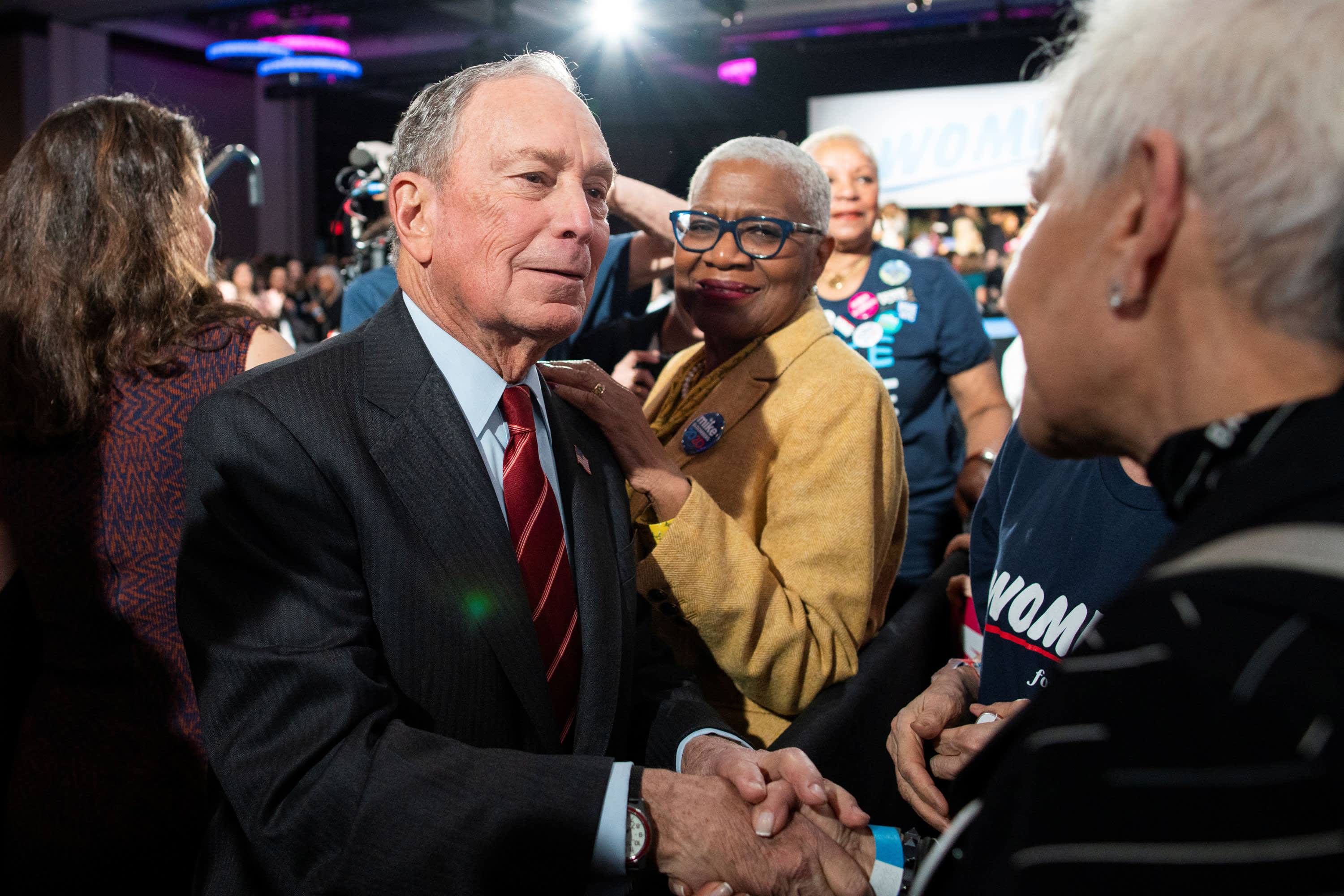 Mike Bloomberg is assembling a team of fundraising experts to recruit wealthy donors – but not to take their money thumbnail