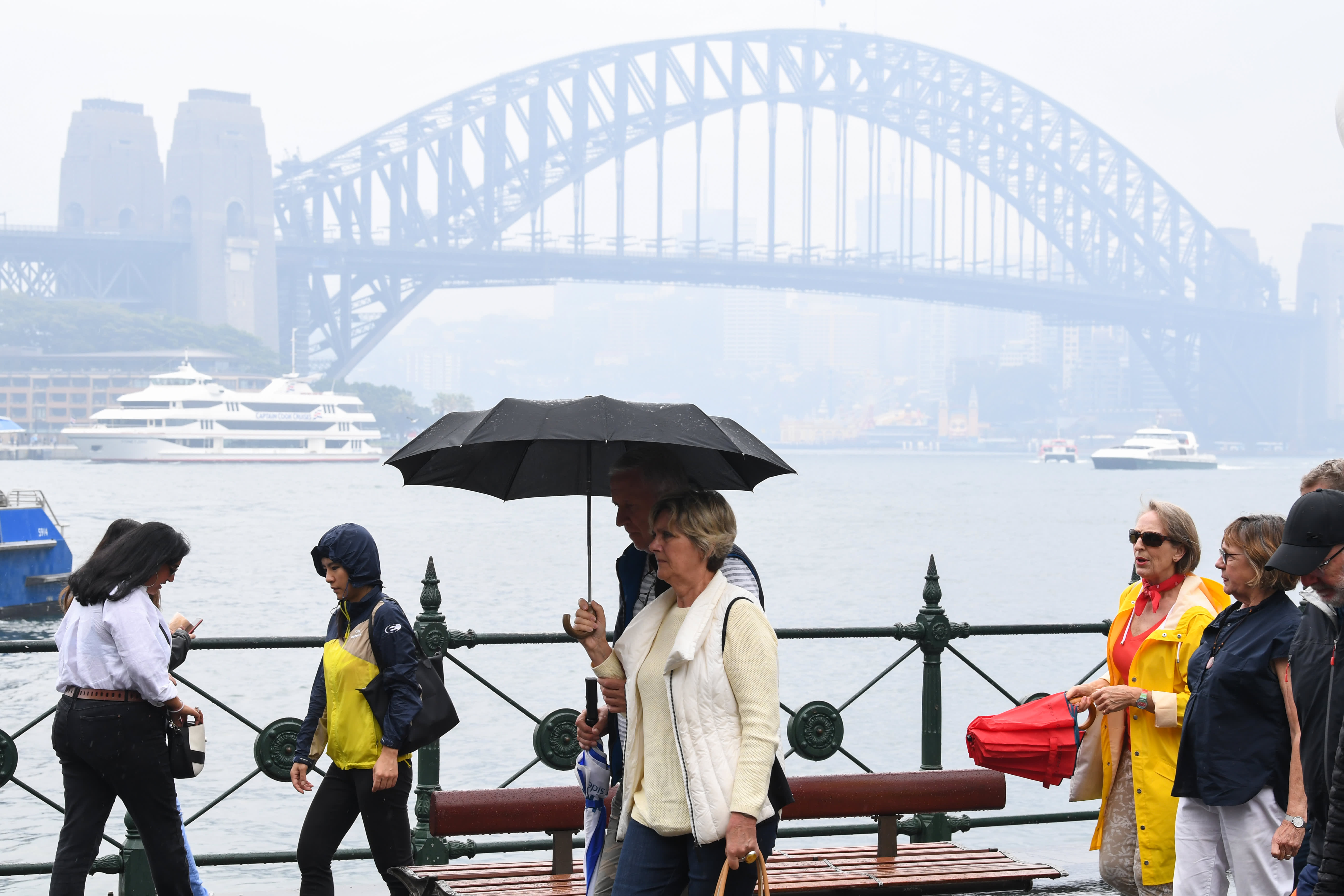 Most Australian executives say climate change will damage companies, survey finds