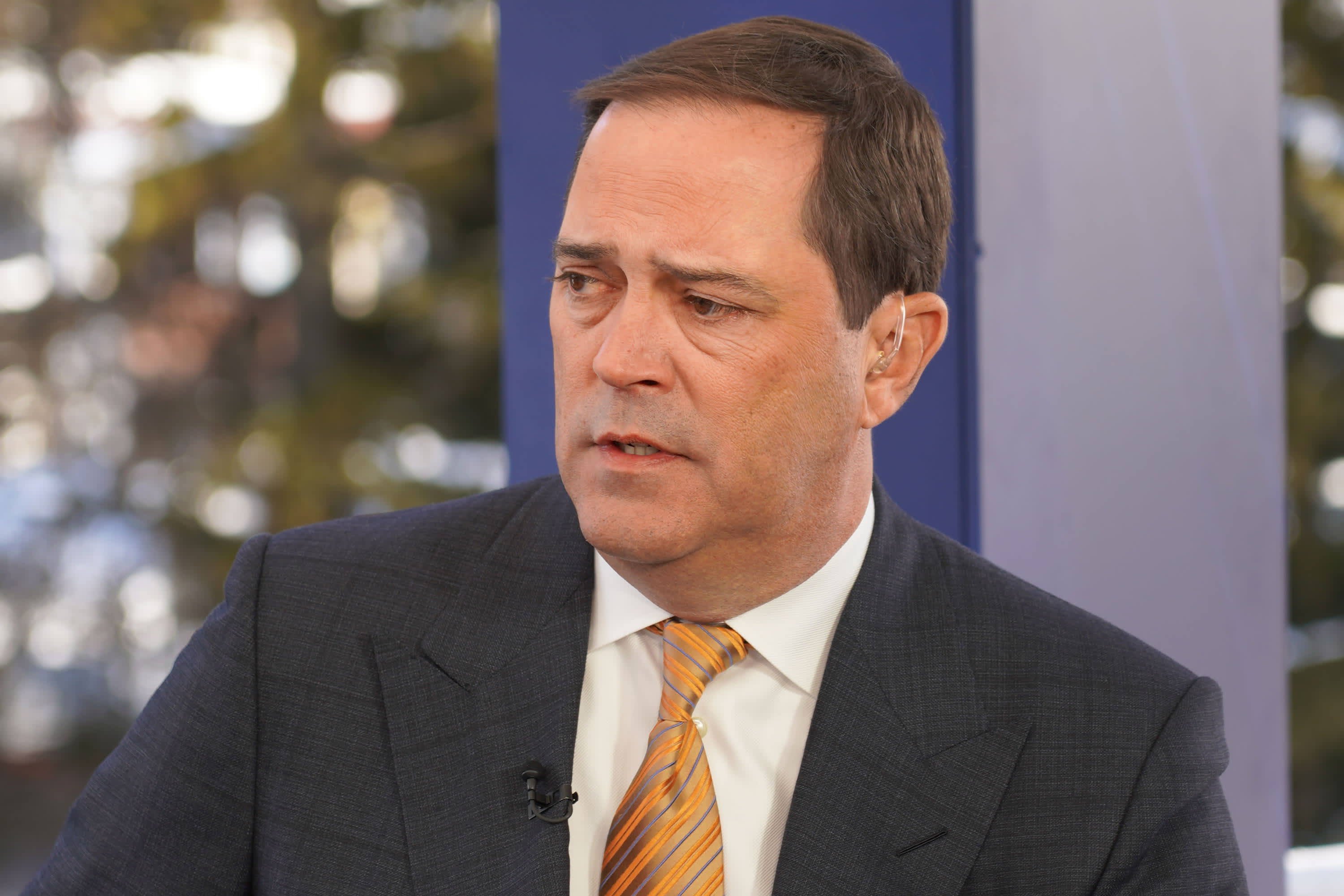 Cisco CEO: Customers spent 5.5 billion minutes in virtual meetings this month due to coronavirus