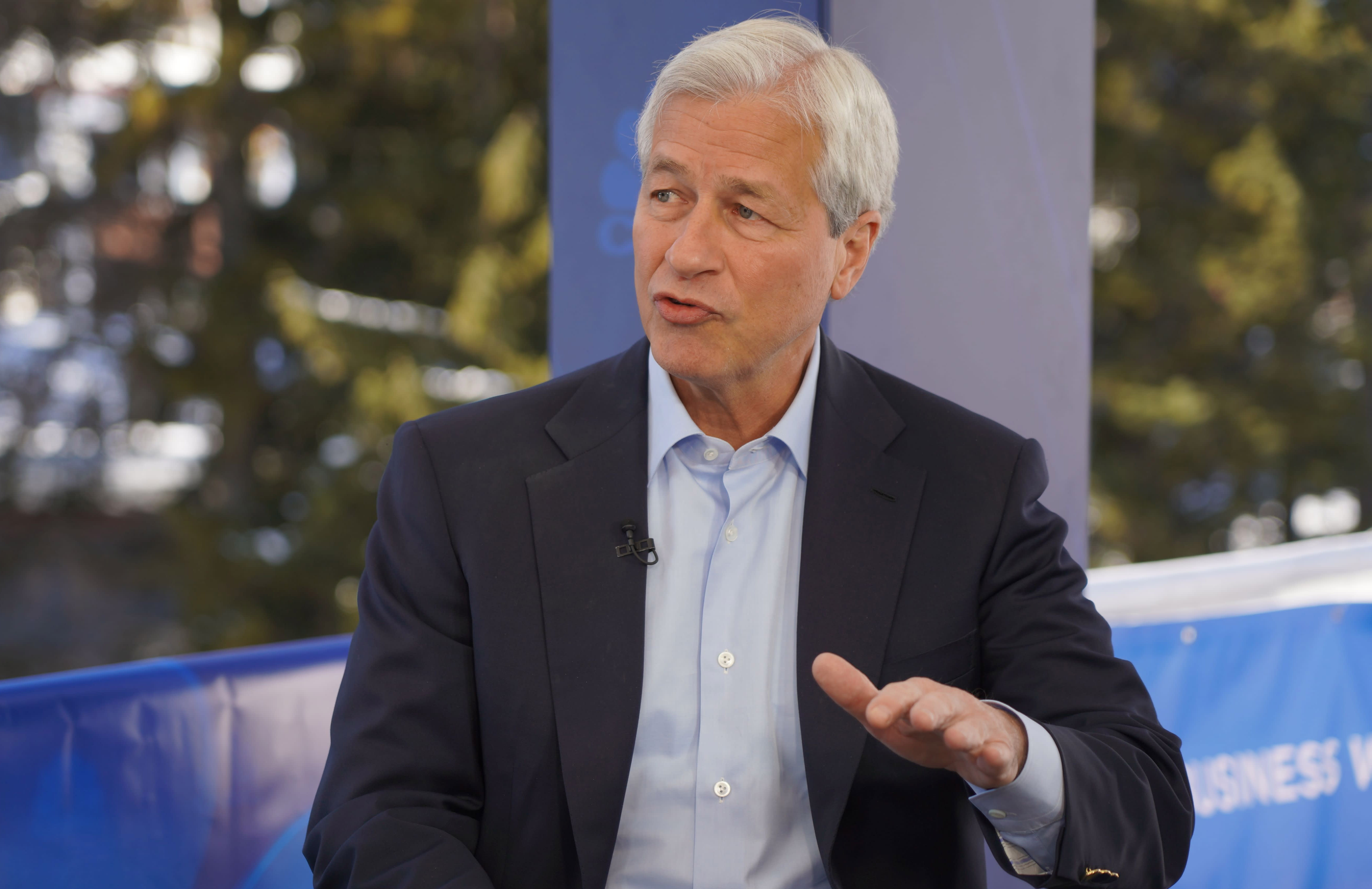 Jamie Dimon says his one big worry is negative interest rates