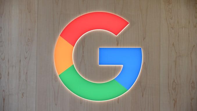 Google 로고는 2020 년 1 월 8 일 네바다 주 라스 베이거스에서 열린 2020 CES (Consumer Electronics Show)에서 볼 수 있습니다.