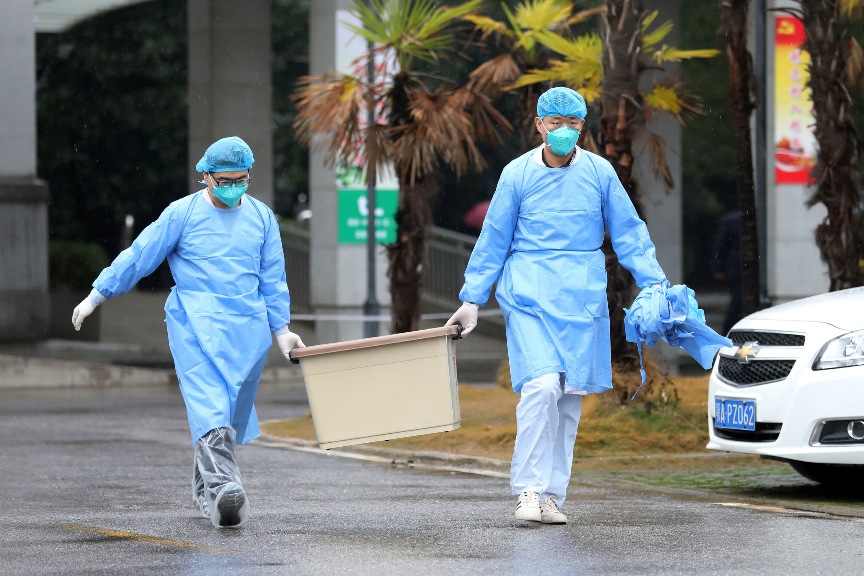 WHO officials try to contain China coronavirus — as well as public fears — as outbreak spreads
