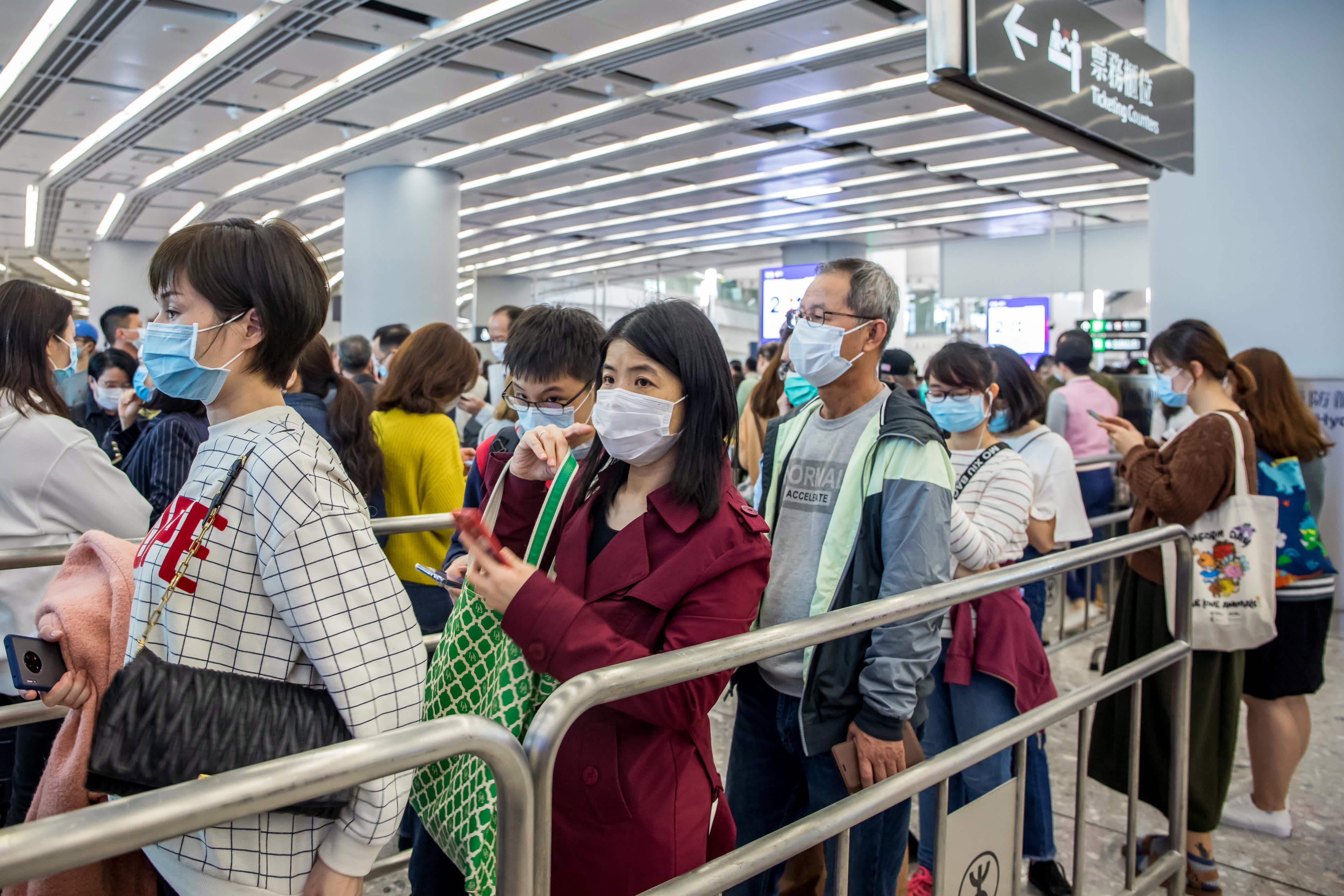 State Department issues travel advisory, urges Americans to reconsider travel to China as coronavirus spreads