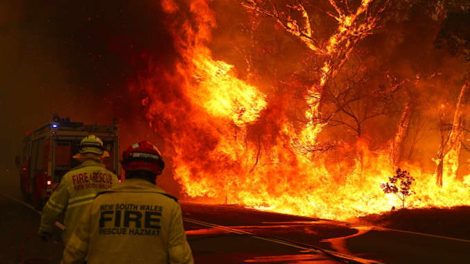 GP: Australia Wildfires: Gospers Mountain Fire At Emergency Level As Heatwave Continues - 106351486