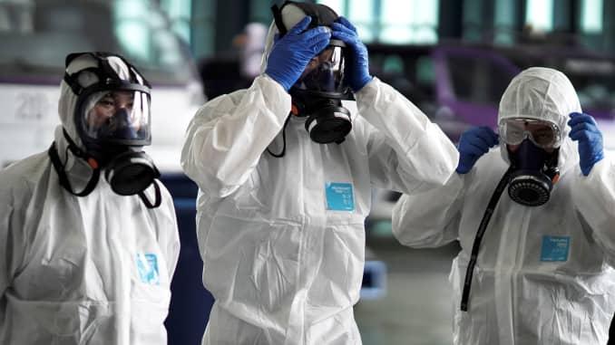 RT: Coronavirus: Thai Airways disinfecting airplane 200128