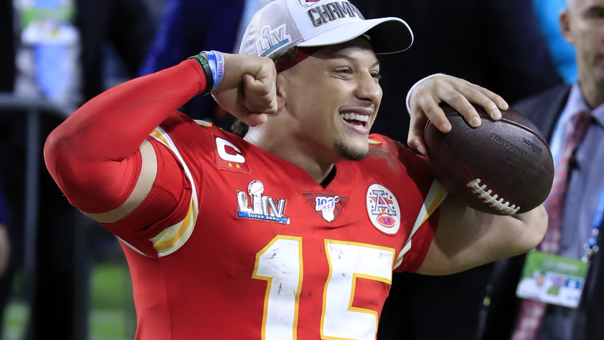 Patrick Mahomes #15 of the Kansas City Chiefs celebrates after defeating the San Francisco 49ers 31-20 in Super Bowl LIV at Hard Rock Stadium on February 02, 2020 in Miami, Florida.