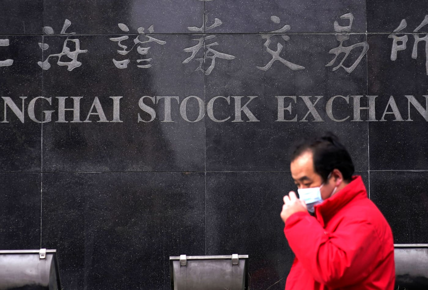 Chinese companies are leading the global IPO rush amid a 'flight from uncertainty'