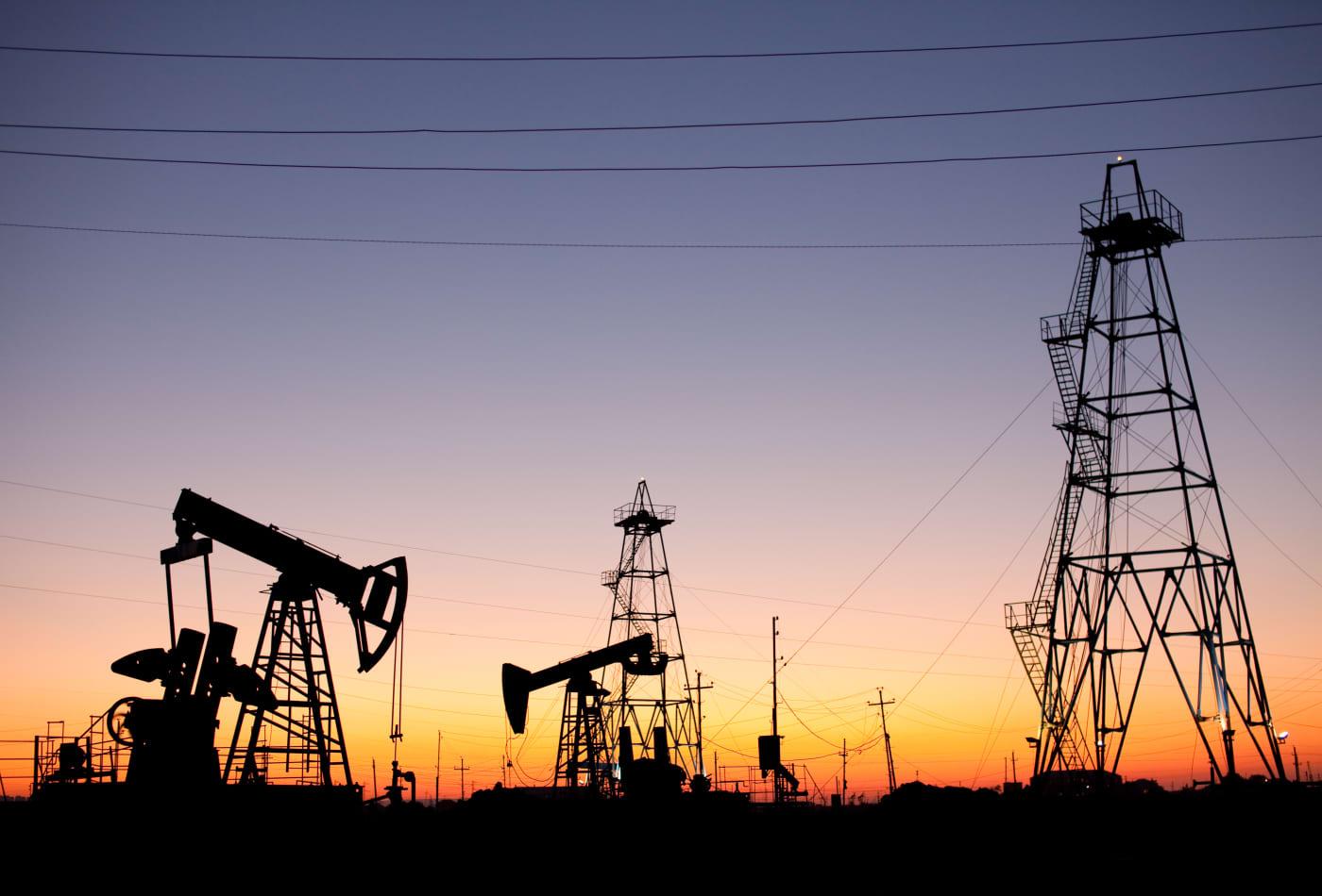 Global oil demand to peak around 2040 or 'much sooner,' IMF says