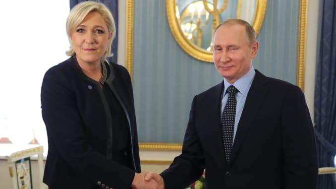 Premium: TOPSHOT-RUSSIA-FRANCE-POLITICS-DIPLOMACY