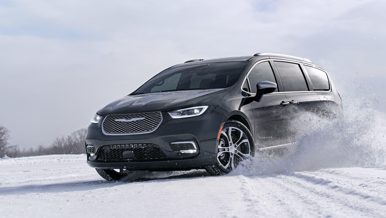 2021 Chrysler 100 Spesification