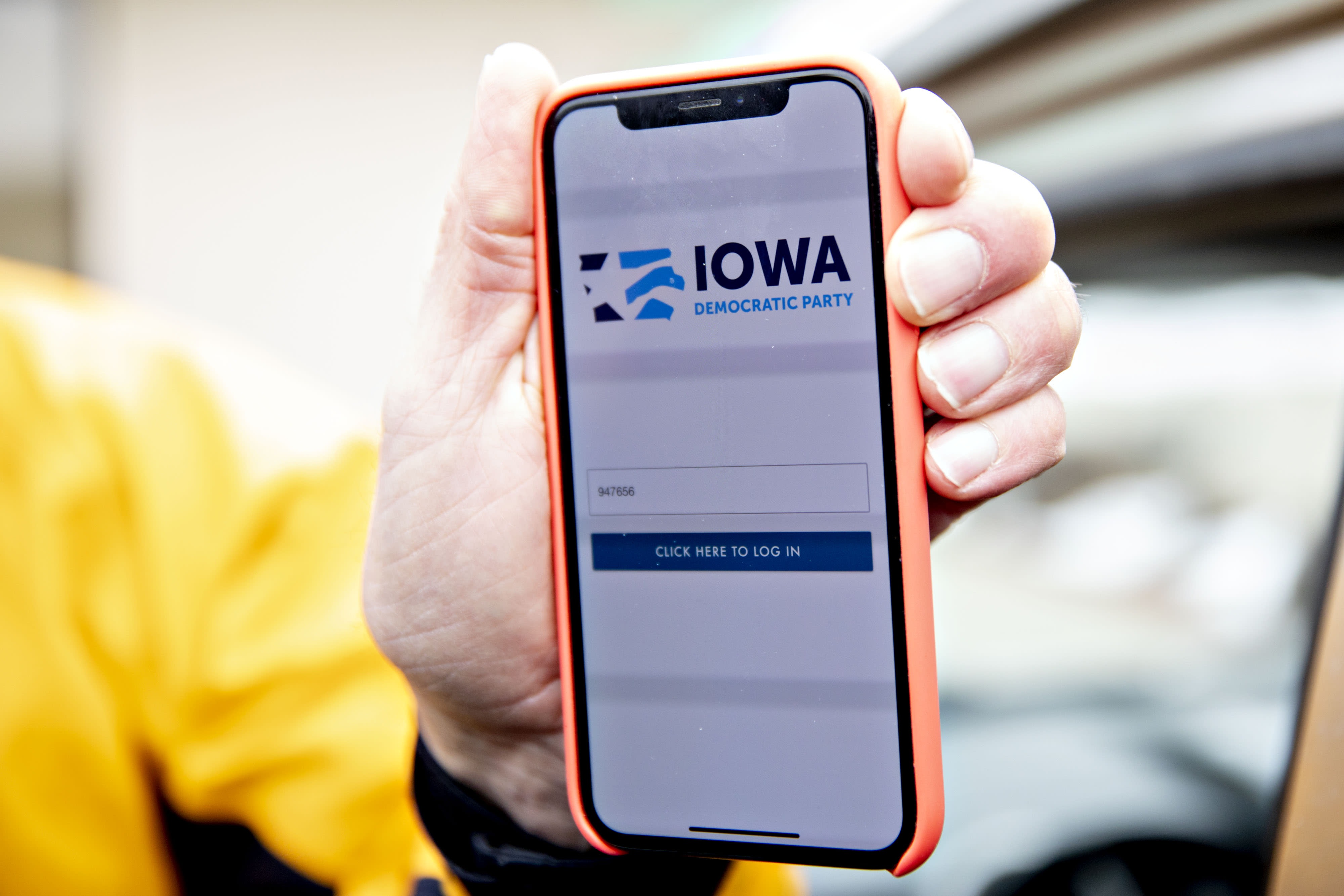 'Clog the lines': Internet trolls deliberately disrupted the Iowa caucuses hotline for reporting results