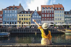 5 financial steps to take before your next overseas trip