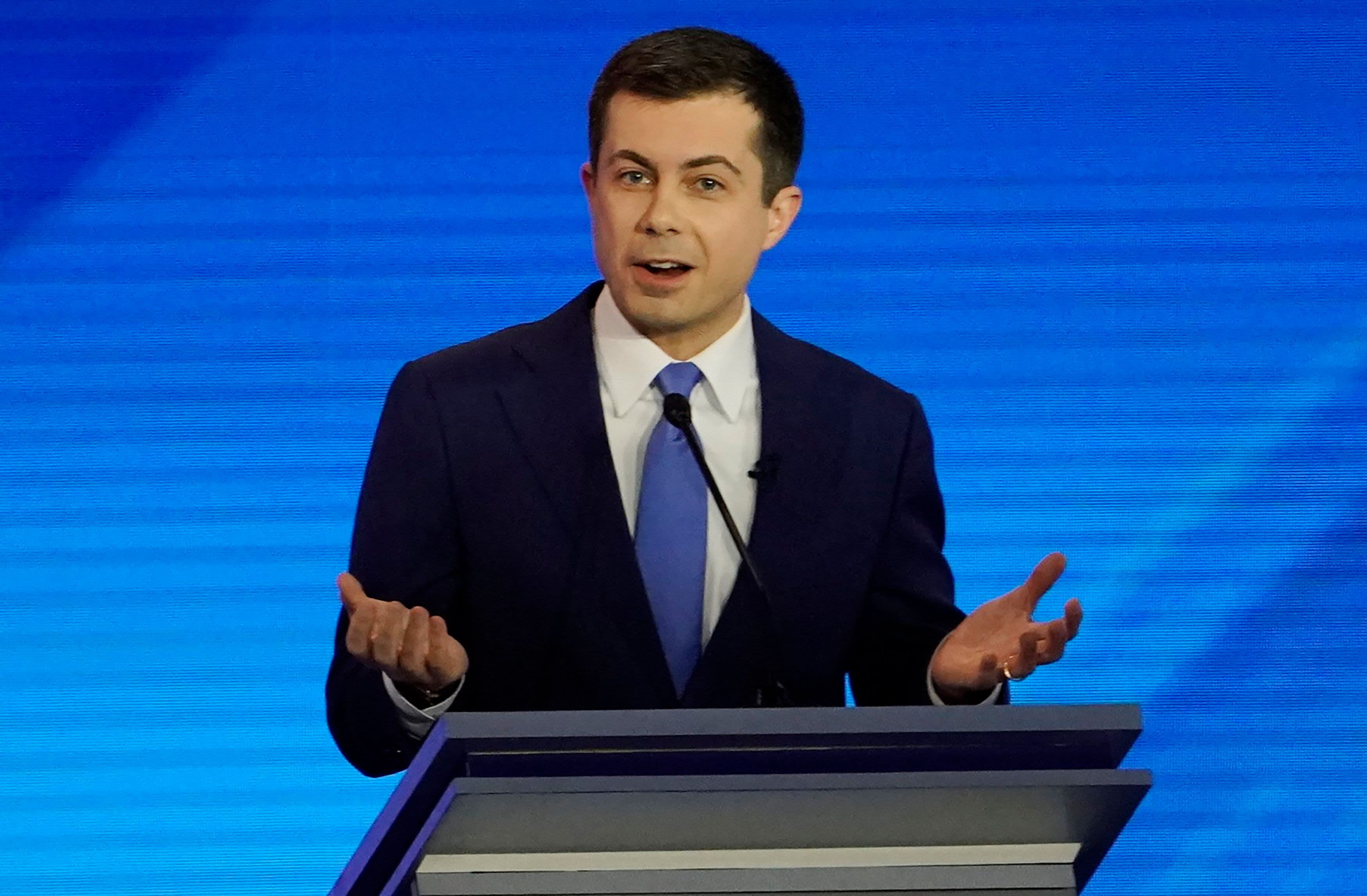 Buttigieg's rivals pile on in New Hampshire after his Iowa success