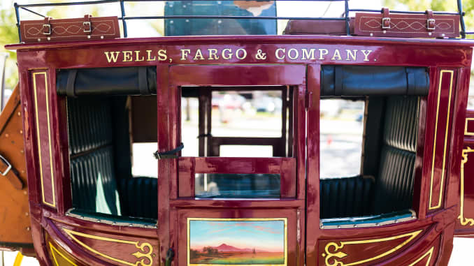 does wells fargo accept cryptocurrency