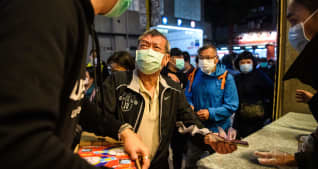 Coronavirus live updates: Passengers disembark from cruise ship in Japan, death toll tops 2,000