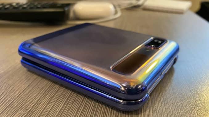 CNBC Tech: Galaxy Z Flip review 2