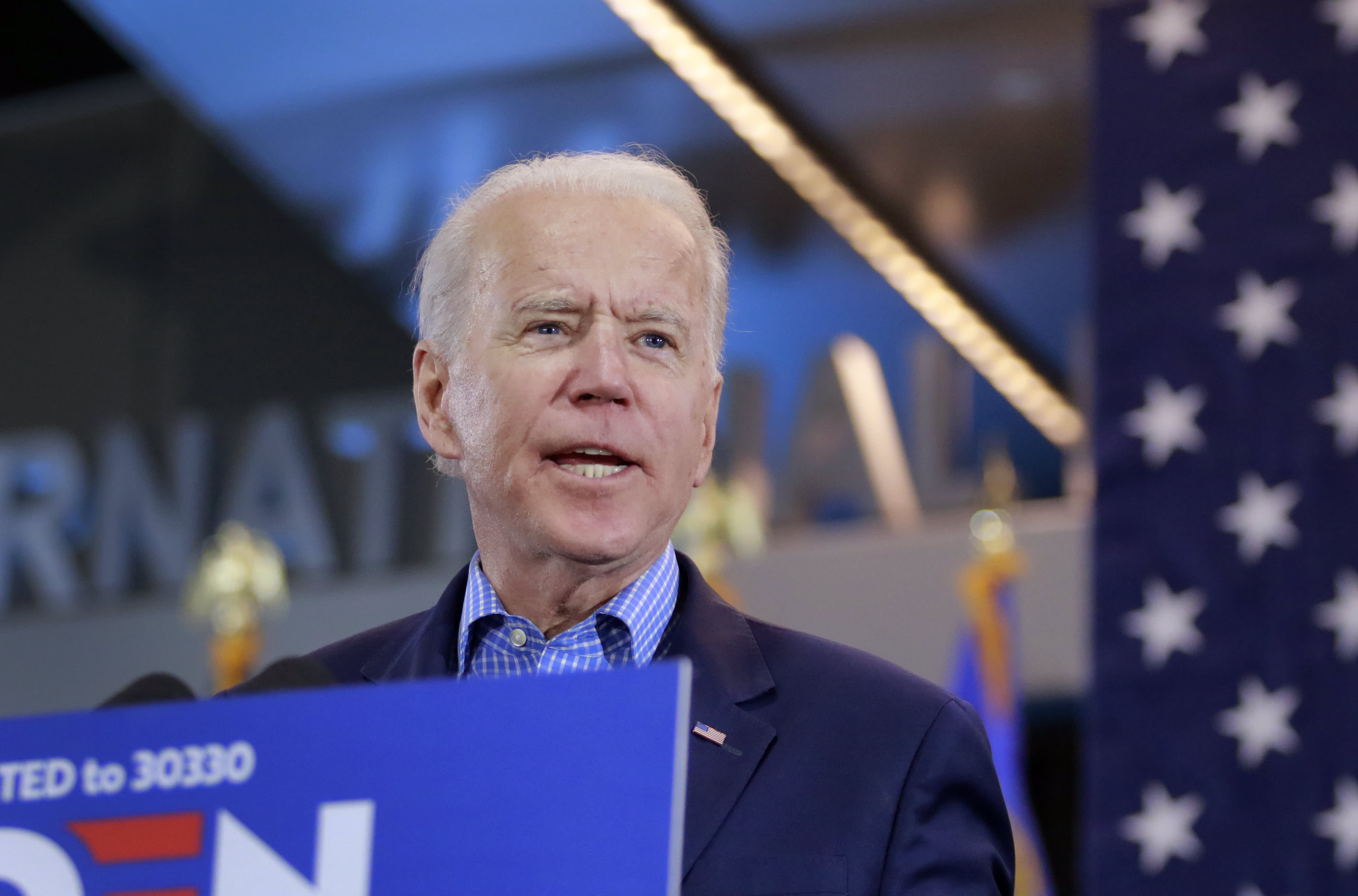 Pro-Biden super PAC plans Super Tuesday investment as former vice president starts a comeback thumbnail